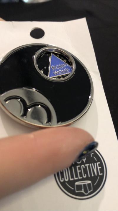 Magic 8 ball spinner enamel pin